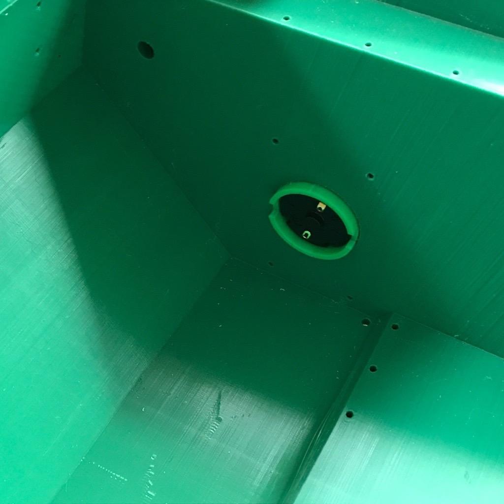 PiMowBot NG-Getriebemotoranschluss im Body